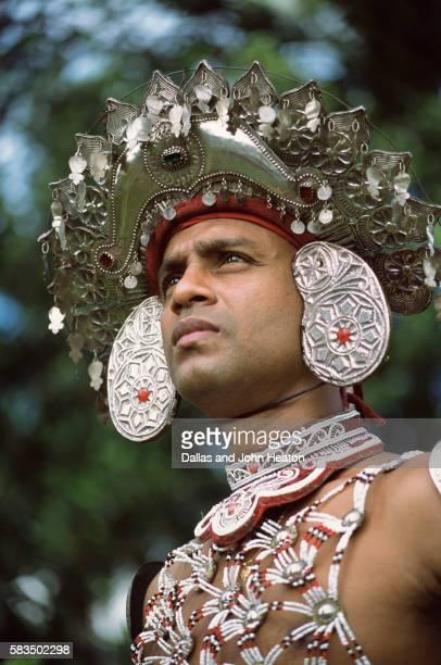 asia, sri lanka, kandy, male kandyan dancer - kandyan dancer stock pictures, royalty-free photos & images