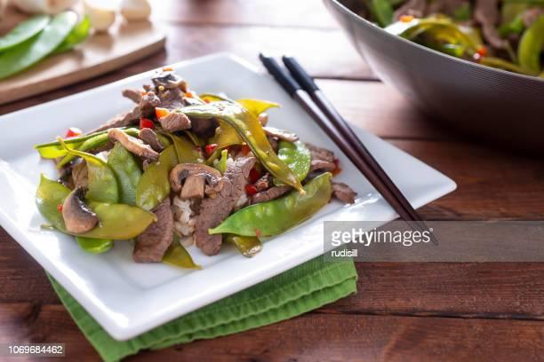 Asiatische Rindfleisch und Zuckerschoten