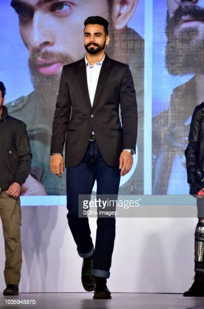 Asian games gold medalist Arpinder Singh launched Godrej Cinthol's all new men's grooming range 'ALIVE LOOKS FOR AWESOME MEN' at hotel Taj Lands End...