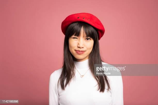 asian girl - baret stockfoto's en -beelden