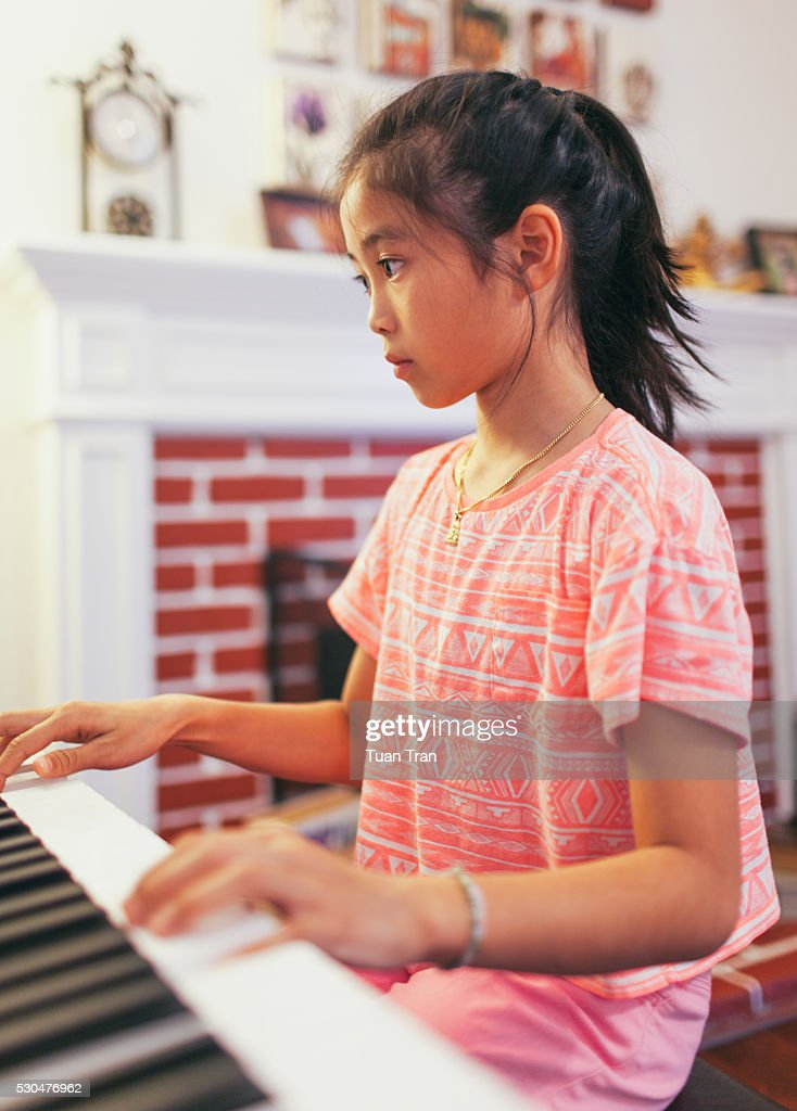 Dorable Piano In Living Room Model - Living Room Designs ...