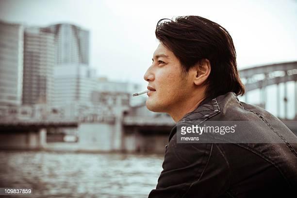アジア人男性(喫煙)