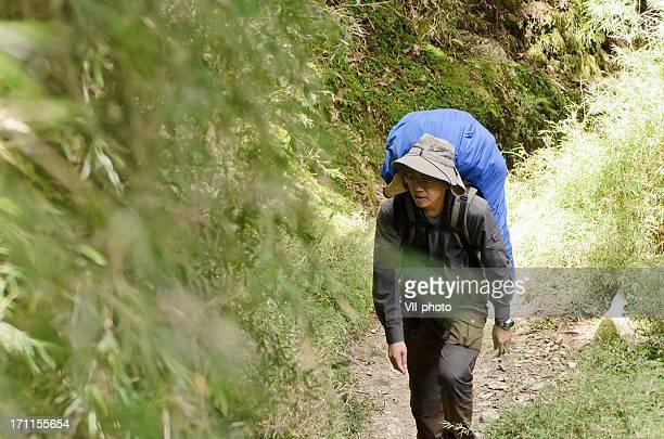 アジア mountaineer 男性
