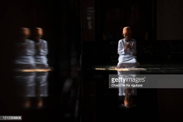 asian muslim praying worship of the allah's kindness. muslim children are doing prayers according to islamic principles.haj rite saudi mecca asia concept - hajj stock pictures, royalty-free photos & images