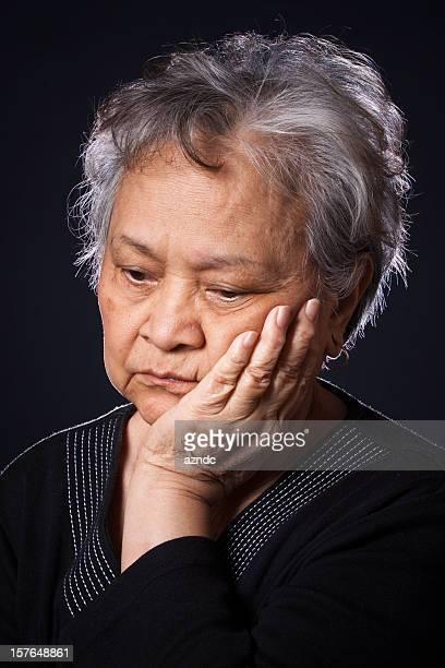 Senior asiática