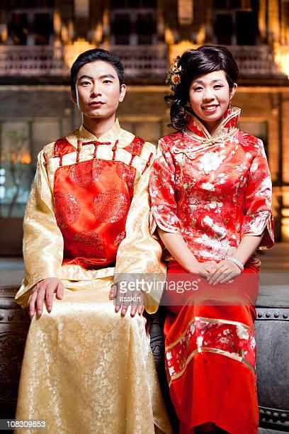 coppia asiatica tradizionale - tradizione foto e immagini stock