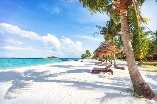 Asian tropical beach paradise in Thailand 1097373600