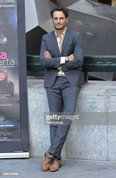 Asier Etxeandia attends a photocall for 'La Puerta Abierta' at Princesa Cinemas on August 31 2016 in Madrid Spain