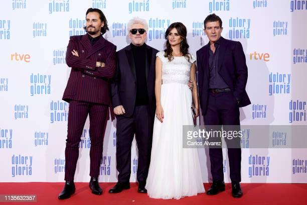 Asier Etxeandia Pedro Almodovar Penelope Cruz and Antonio Banderas attend 'Dolor y Gloria' premiere at the Capitol cinema on March 13 2019 in Madrid...