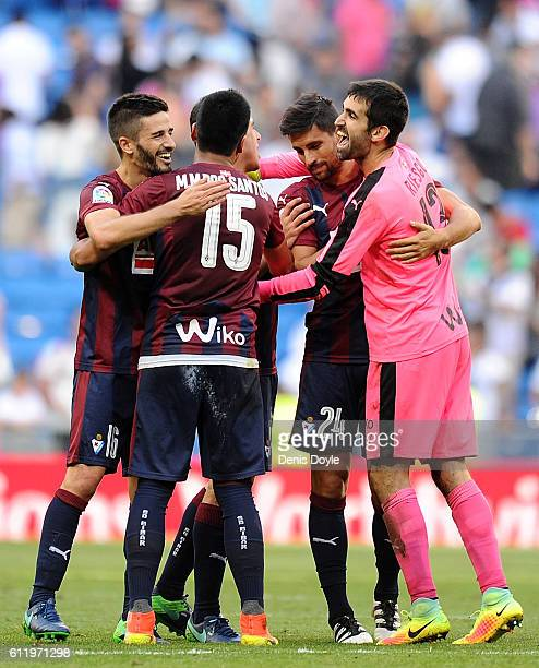 Asier Riesgo Mauro Dos Santo Fran Rico and Adrian Gonzalez of SD Eibar celebrate after drawing 11 against real Madrid in the La Liga Match between...