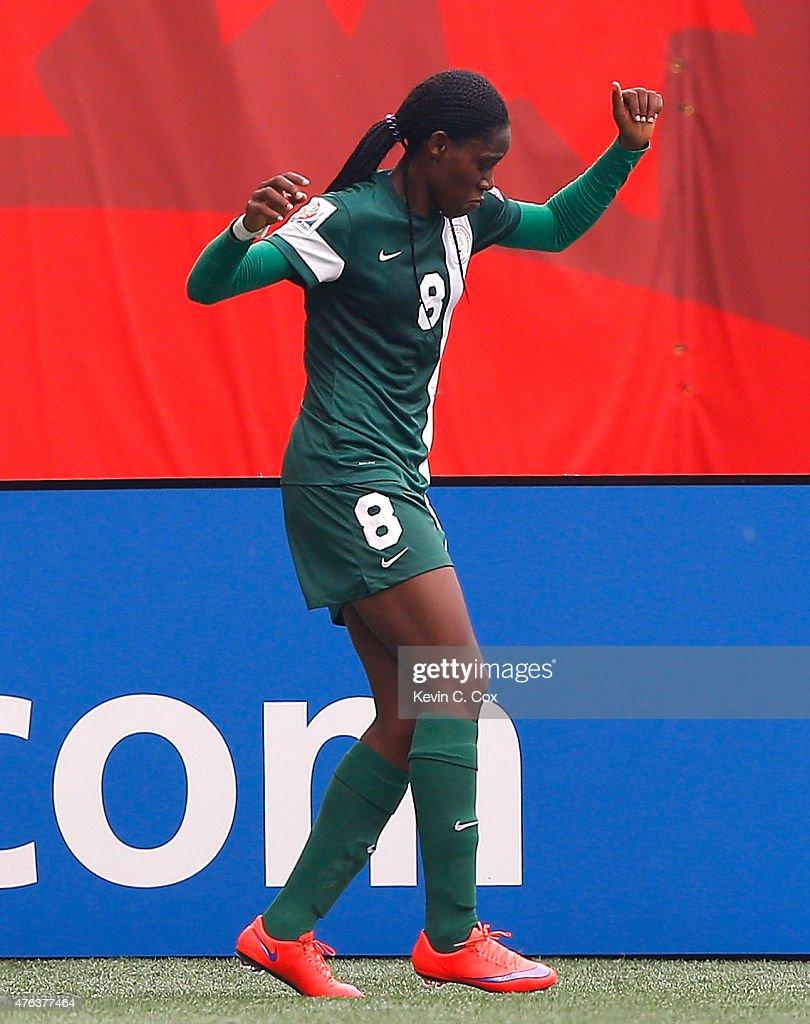 Sweden v Nigeria: Group D - FIFA Women's World Cup 2015 : News Photo
