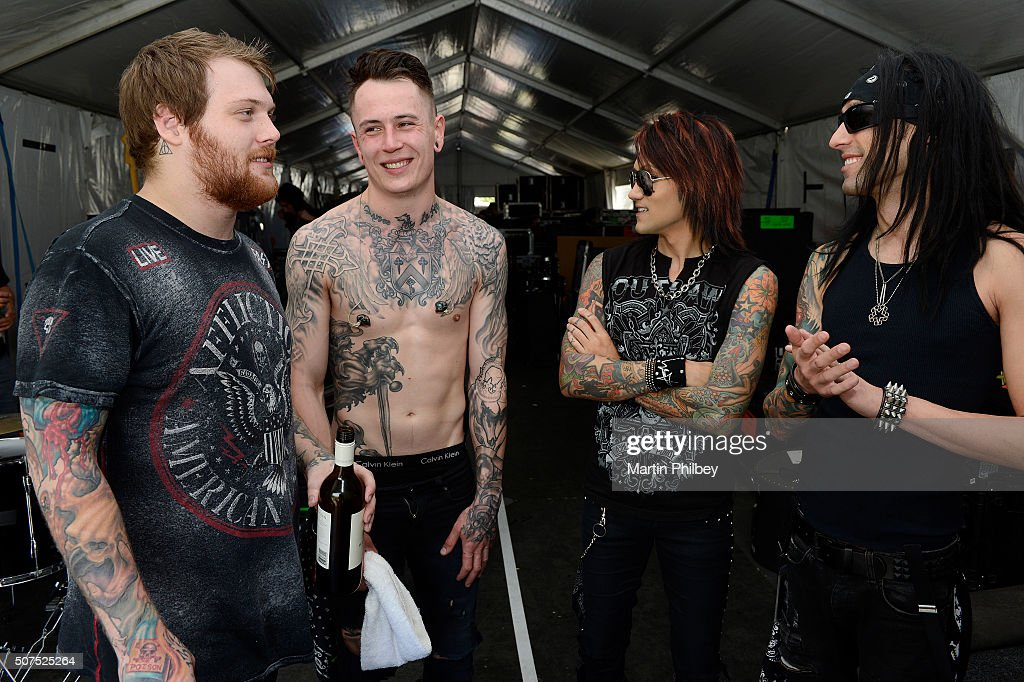 Asking alexandria backstage at soundwave festival in melbourne asking alexandria and black veil brides backstage at the soundwave music festival at the flemington race m4hsunfo