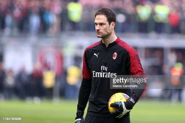 Asmir Begovic of Ac Milan during the Serie A match between Ac Milan and Udinese Calcio Ac Milan wins 32 over Udinese Calcio
