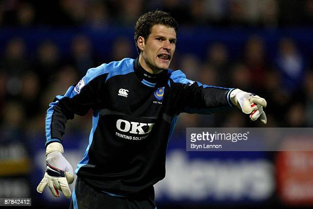 Asmir Begovic of Portsmouth in action during the Barclays Premier League match between Portsmouth and Sunderland at Fratton Park on May 18 2009 in...