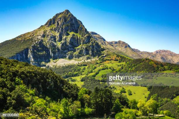 ason valley in cantabria - mountain range stock pictures, royalty-free photos & images