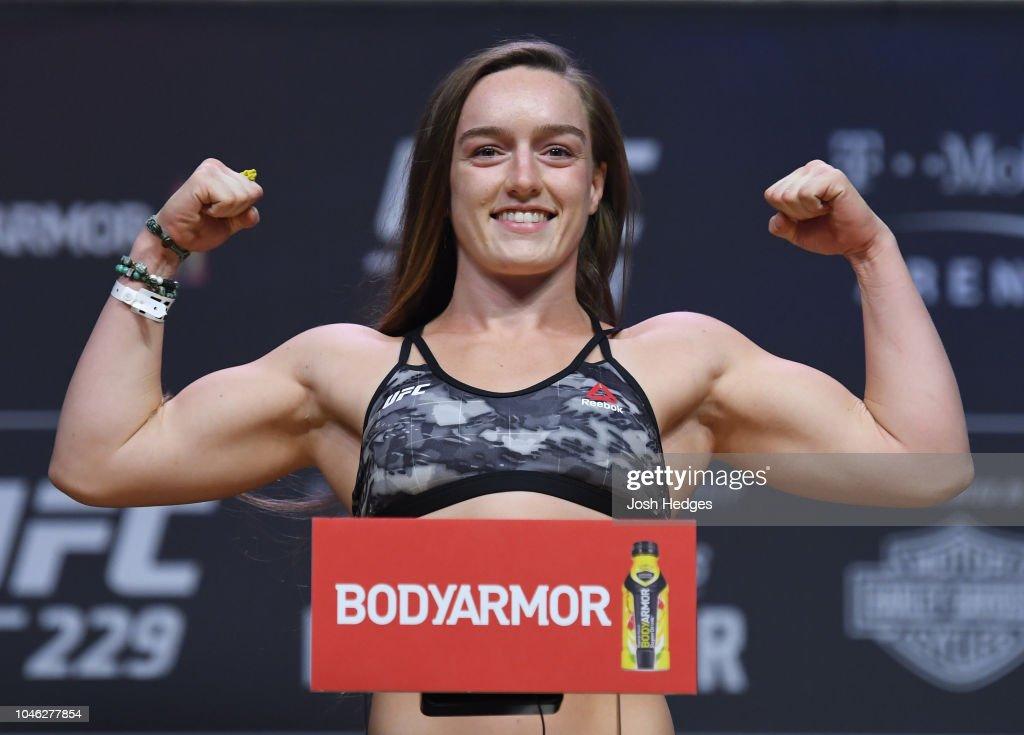UFC 229 McGregor v Khabib: Weigh-ins : News Photo