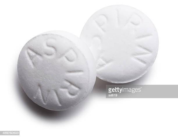 Aspirin Tabletten, isoliert auf weiss