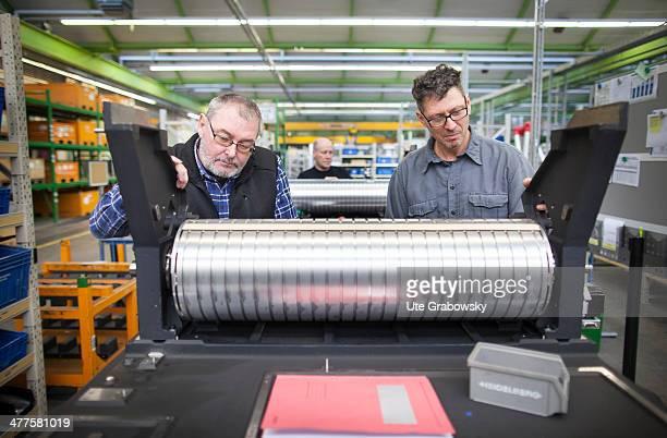 Assembling of printing presses at the Heidelberger Druckmaschinen AG on January 14 2014 in Heidelberg Germany Heidelberger Druckmaschinen AG English...