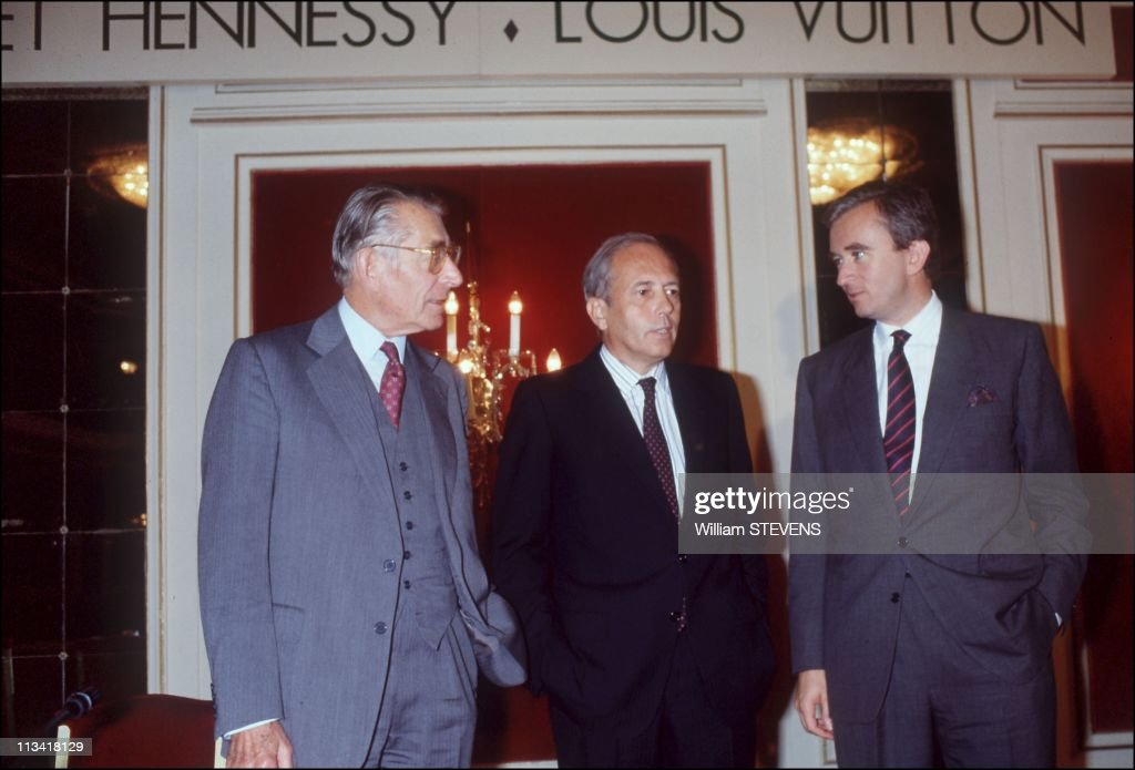 Assembly Of Shareholders Of 'LVMH' Louis Vuitton Moet Hennessy On September 21st, 1988,In France : News Photo