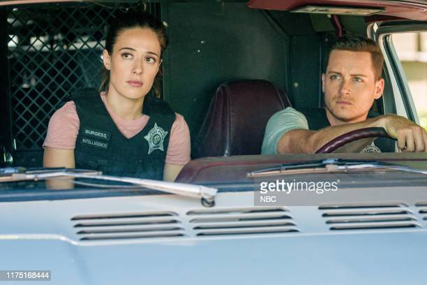 "Assets"" Episode 702 -- Pictured: Marina Squerciati as Kim Burgess, Jesse Lee Soffer as Jay Halstead --"