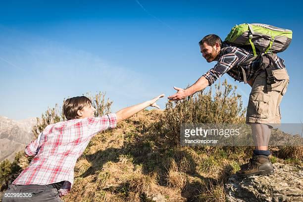 Asistencia durante el excursionismo en la montaña