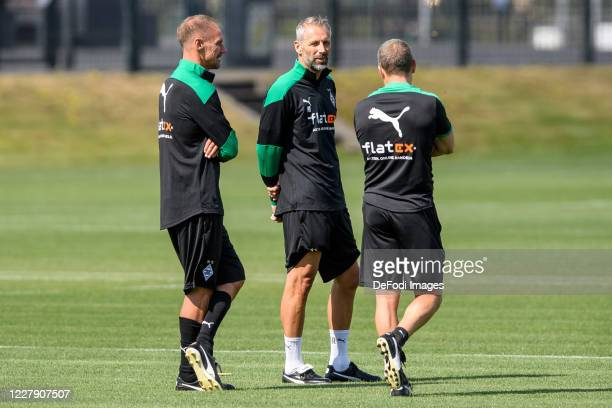 Assistant coach Alexander Zickler of Borussia Moenchengladbach, head coach Marco Rose of Borussia Moenchengladbach and assistant coach Frank Geideck...