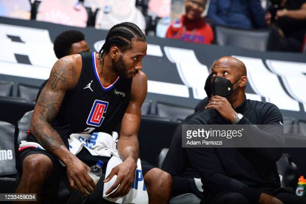 Assistant Coach Chauncey Billups of the LA Clippers talks with Kawhi Leonard during Round 2, Game 4 of 2021 NBA Playoffs on June 14, 2021 at STAPLES...
