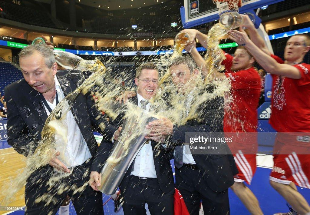 ALBA Berlin v FC Bayern Muenchen - Beko BBL Playoff Final Game 4 : News Photo