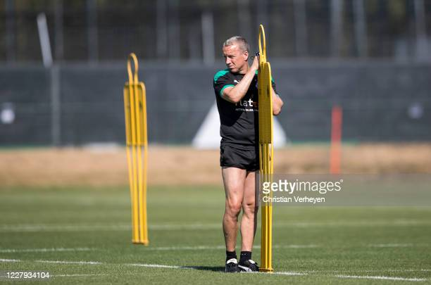 Assistant Coach Frank Geideck is seen during a training session of Borussia Moenchengladbach at Borussia-Park on August 06, 2020 in Moenchengladbach,...