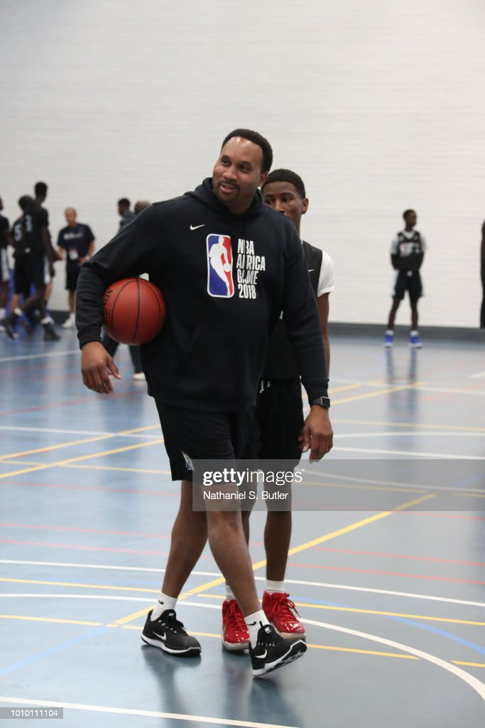 Assistant Coach Harold Ellis Of Team World Talks To The Campers News Photo Getty Images