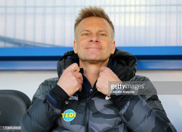 Assistant coach Markus Feldhoff looks on prior to the Bundesliga match between SC Paderborn 07 and Hertha BSC at Benteler Arena on February 15 2020...