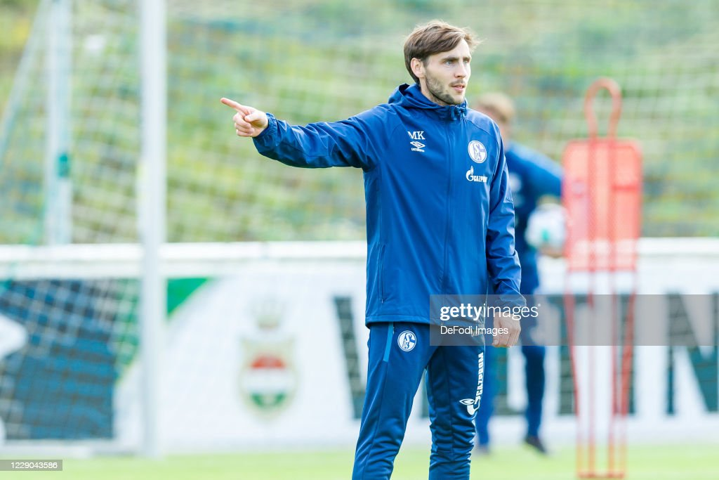 FC Schalke 04 Training Session : News Photo
