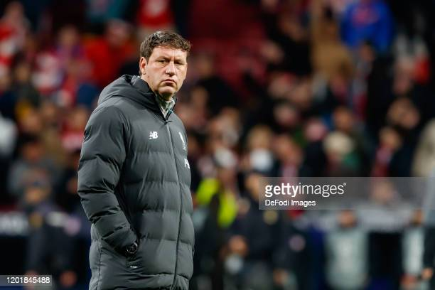 assistant coach Peter Krawietz of FC Liverpool looks on prior to the UEFA Champions League round of 16 first leg match between Atletico Madrid and...