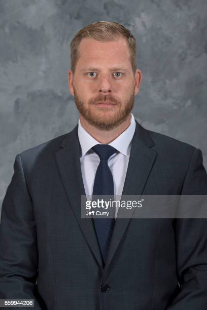 Assistant Coach Steve Ott of the St. Louis Blues poses for his official headshot for the 2017-2018 season on September 13, 2017 in St. Louis,...