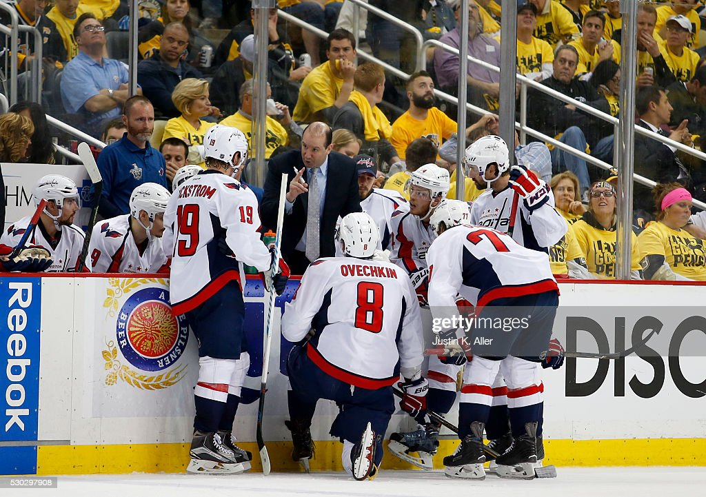 Washington Capitals v Pittsburgh Penguins - Game Six : News Photo