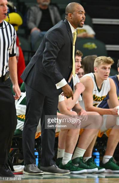 Assistant coach Will Veasley of the North Dakota State Bison looks on during his team's game against the Omaha Mavericks at Scheels Center on...
