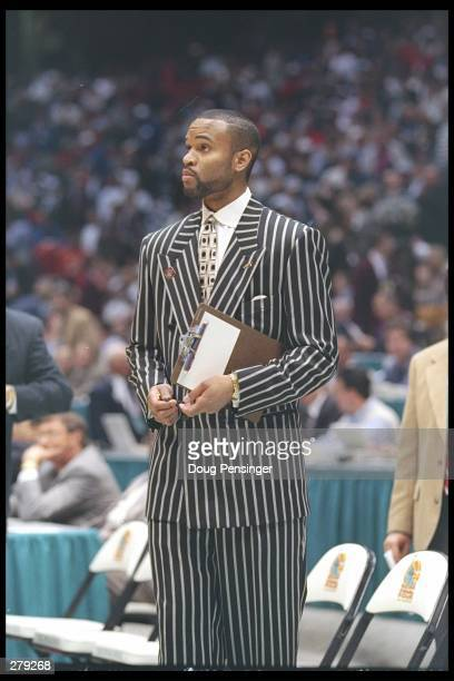 Assistant coach Winston Bennett of the Kentucky Wildcats during the Wildcats 76-67 victory over the Syracuse Orangemen in the NCAA Men''s Basketball...