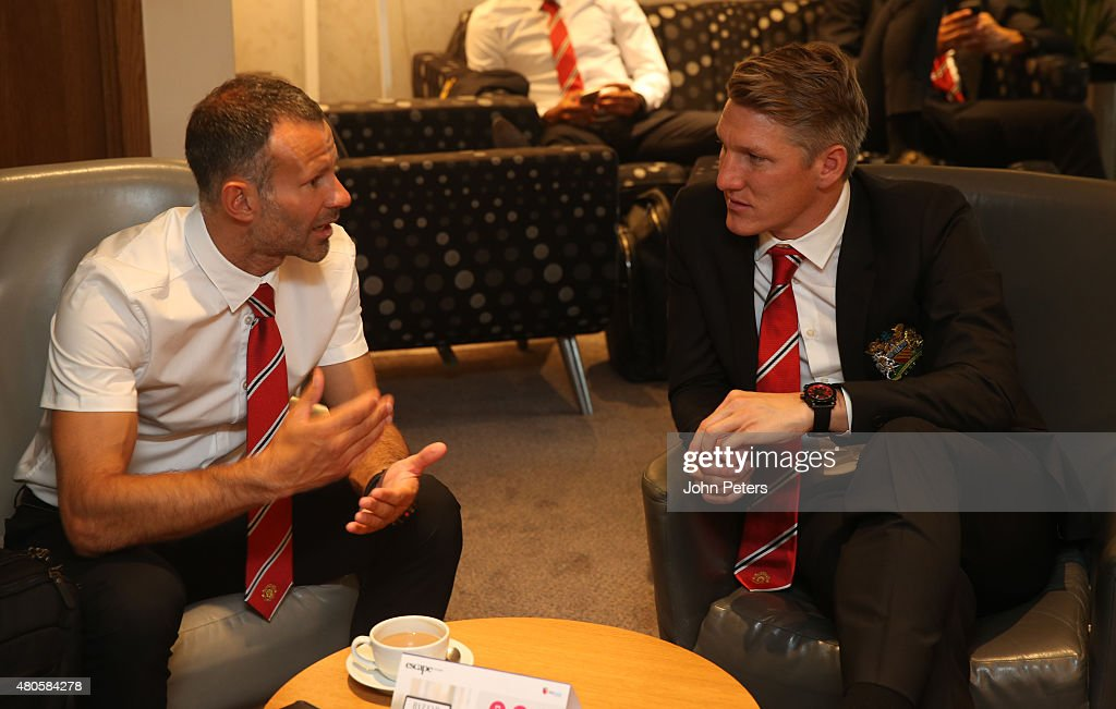 Manchester United Depart for the Pre-Season Tour of the US : News Photo