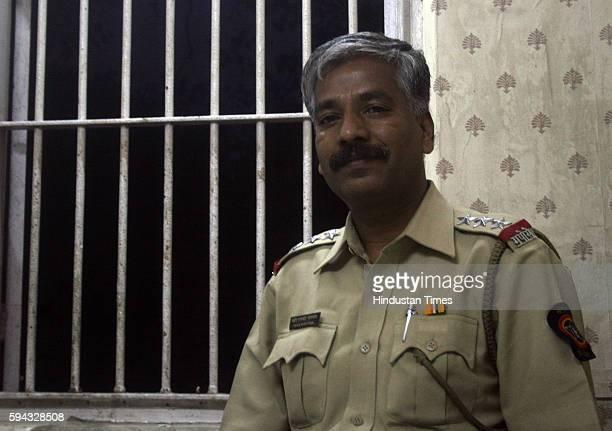 Assistant police inspector Mahendra Janrao at his office at Azad Maidan Police station Honest officer refused the bribe by businessmen and informed...