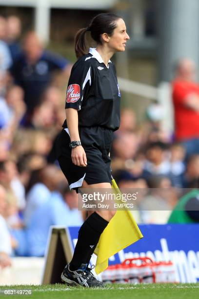 Assistant referee Amy Rayner