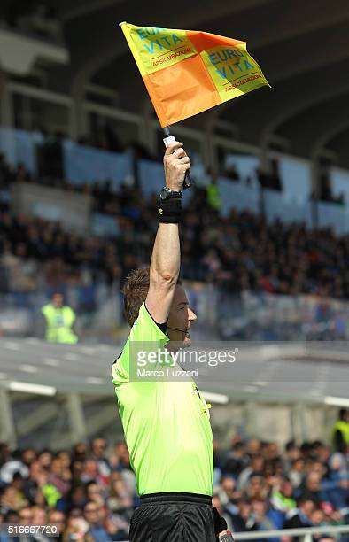 Assistant referee Valerio Pegorin raises his flag to give an offside decision during the Serie A match between Atalanta BC and Bologna FC at Stadio...