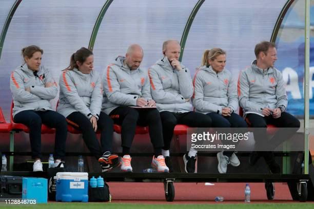 Assistant trainer Arjan Veurink of Holland Women, coach Sarina Wiegman of Holland Women during the Algarve Cup Women match between China PR v Holland...