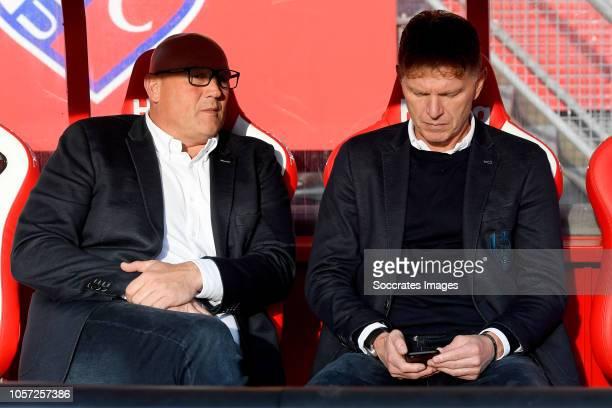 assistant trainer Dirk Heesen of ADO Den Haag coach Alfons Groenendijk of ADO Den Haag during the Dutch Eredivisie match between FC Utrecht v ADO Den...