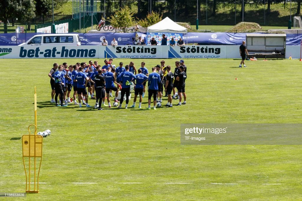 Schalke 04 Mittersill Training Camp : News Photo