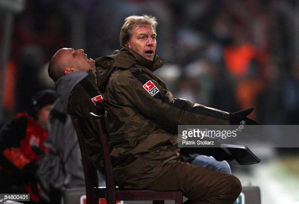Assistent coach Andre Trulsen of Hamburg gestures during the 2. Bundesliga match between VfL Osnabrueck and FC St.Pauli at the osnatelArena on...