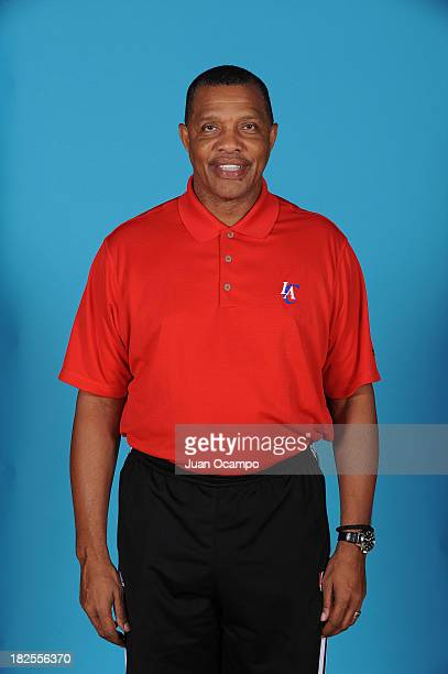 Associate Head Coach Alvin Gentry of the Los Angeles Clippers poses for a picture during media day at the Clippers Training Center on September 30...
