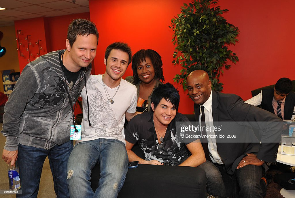 American Idol Season 8 Top 7 Performance - Backstage : News Photo