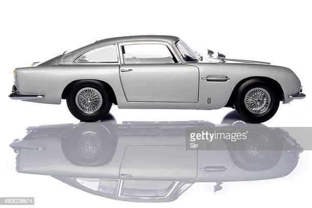Aston Martin DB5 classic James Bond sports car model