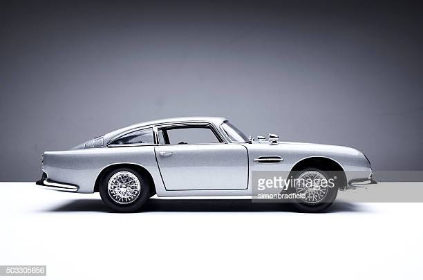aston martin db5 model - james bond fictional character stock pictures, royalty-free photos & images