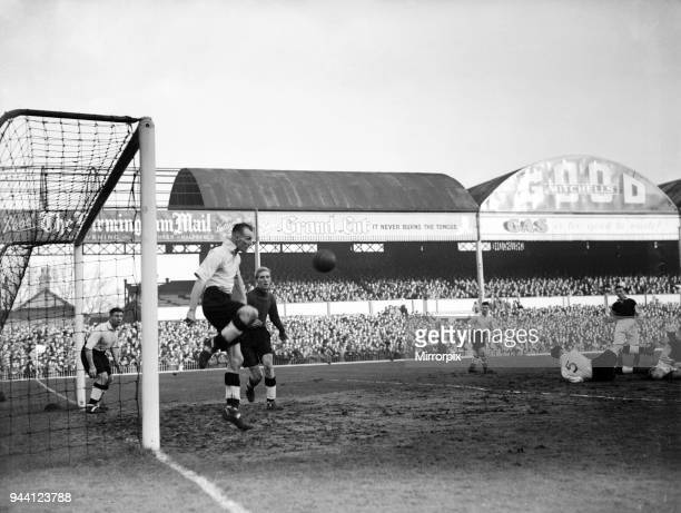 Aston Villa 2-1 Bolton, FA Cup 2nd Replay at Villa Park, Monday 17th January 1949. Aston Villa's Billy Goffin, in action.